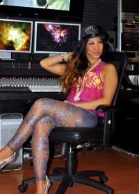 Artist Musician Heather Gin